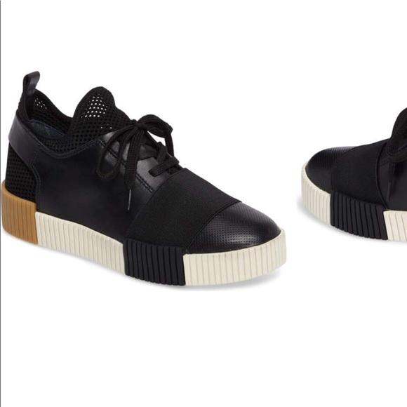 c0e989908ae Marc Fisher Ryley Platform Sneaker. M 5a9811b08df4702f37533312